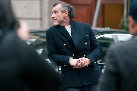 Street-style chaqueta cruzada