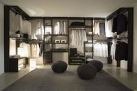 ¿Cuáles son las 5 prendas imprescindibles de tu armario?: La pregunta de la semana