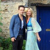 """¡Algo azul para la novia! El último look de Kate Moss antes de dar el """"sí, quiero"""""""