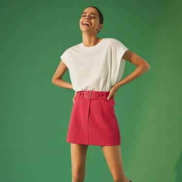 Bershka propone cuatro estilismos (perfectos) para el día a día con prendas de su nueva colección
