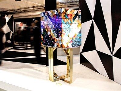 Diseño más artesanía: 1.088 triángulos para crear la edición limitada del armario Pixel