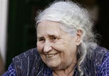 Doris Lessing recibe hoy su Premio Nobel