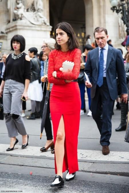Zara se fija en Leandra Medine. Ahora su look rojo está más cerca de tu armario...