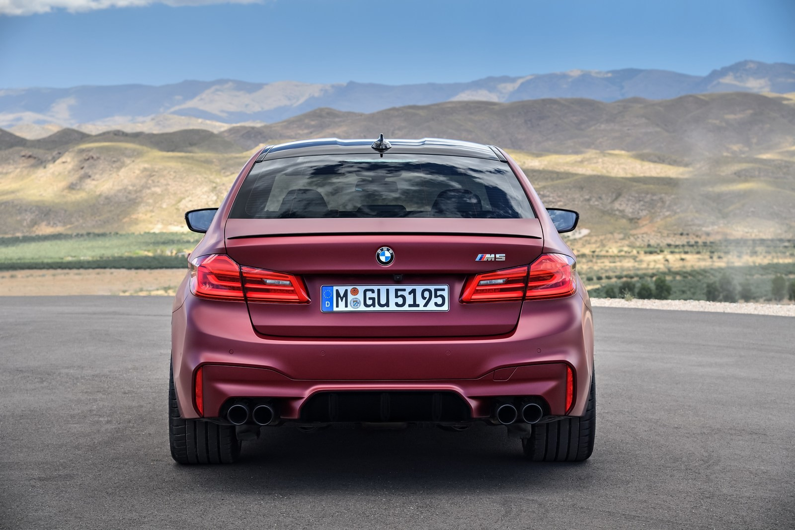 Foto de BMW M5 2018 (39/57)