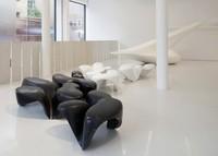 Galería de Zaha Hadid abierta al público en el centro de Londres