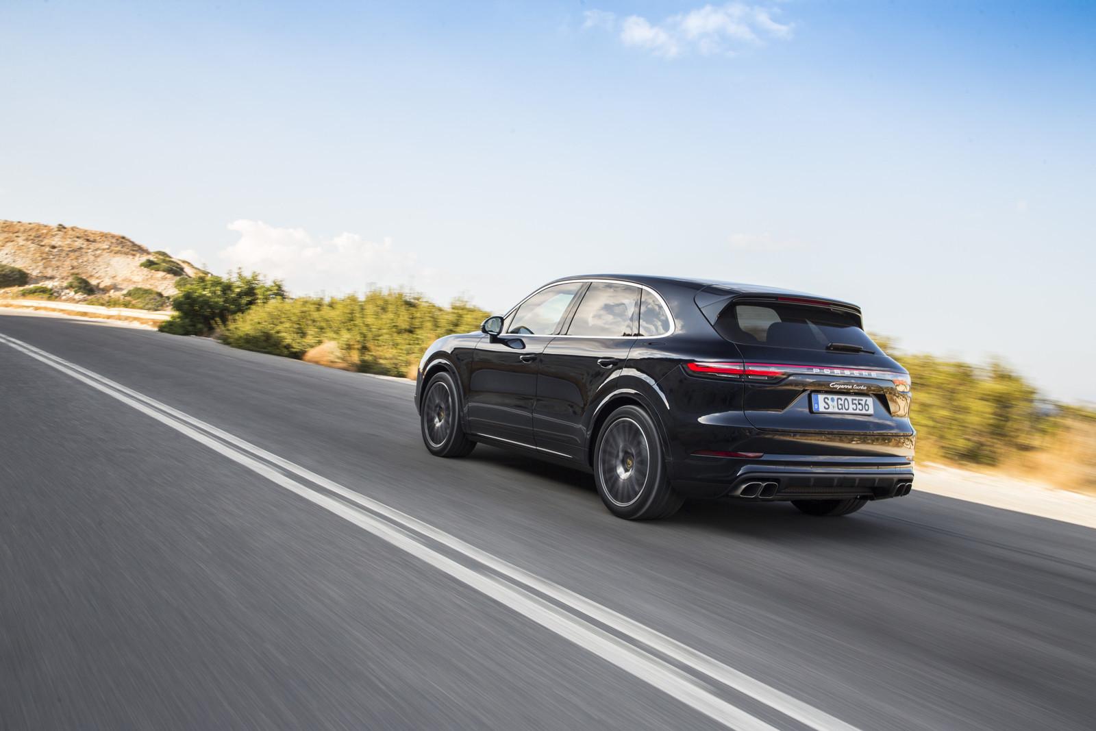 Foto de Porsche Cayenne Turbo 2018 (46/71)