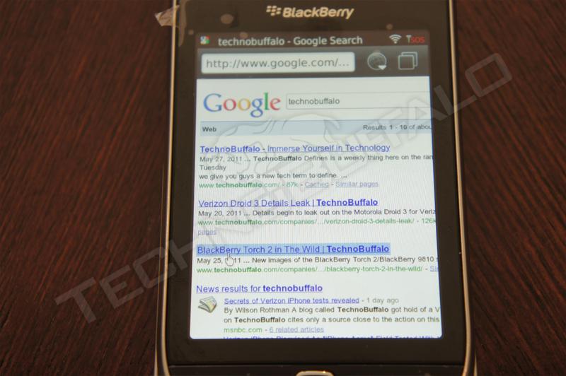 Foto de BlackBerry Torch 2 9810, más imágenes del nuevo híbrido de RIM (17/22)