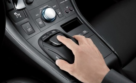 Lexus Remote Touch en un Lexus CT 200h