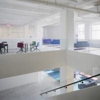 Las oficinas de Red Bull en Nueva York son sorprendentemente minimalistas