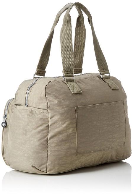 Llévalo todo contigo con esta bolsa de deporte Kipling July por 27,75 euros en Amazon