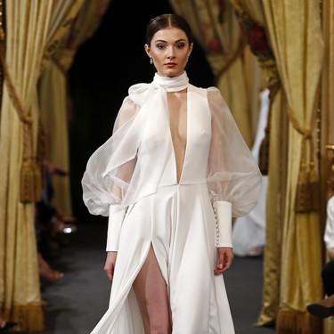 Los vestidos de novia con mangas abullonadas son la tendencia estrella este año (palabra de Hannibal Laguna)
