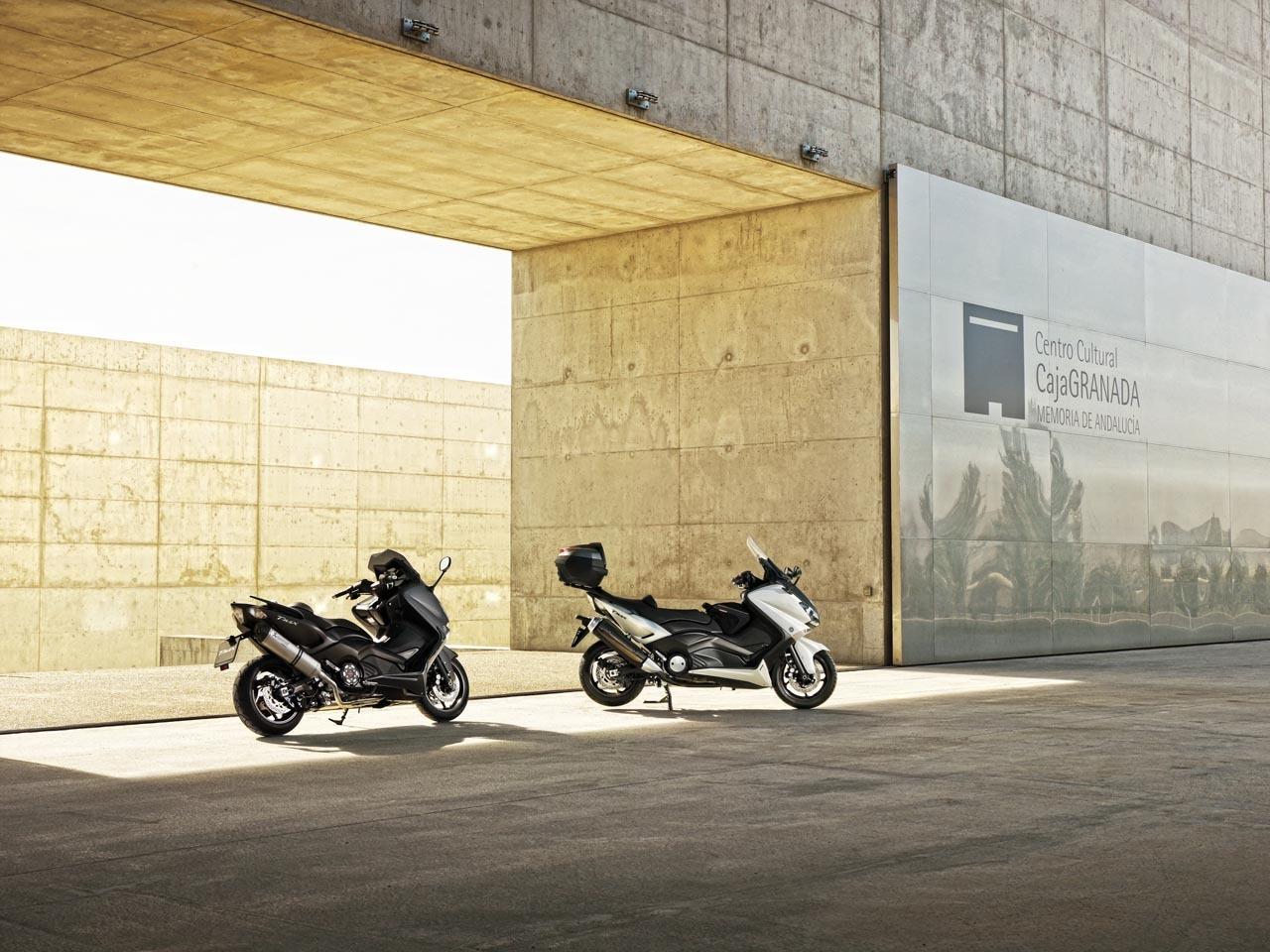 Yamaha T-Max 2012, fotos de acción