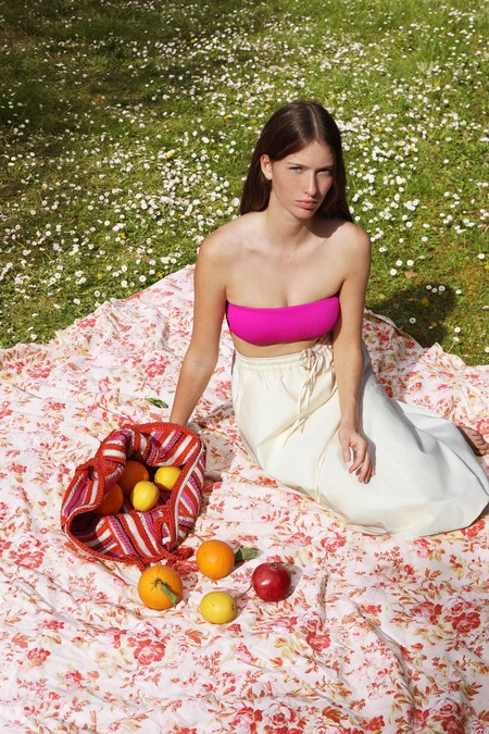 Zara Verano 2020 Lookbook Bano 01