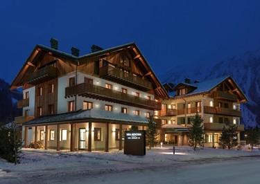 ¿Buscando destino de vacaciones confortable y navideño? Hotel Nira Montana a los pies del Mont Blanc