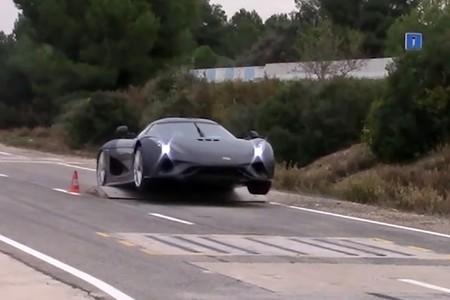 Dolor nivel: así maltrata Koenisegg a su coche más radical de 2 millones de euros