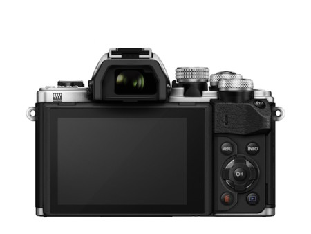 Om D E M10 Mark Ii Silver Back