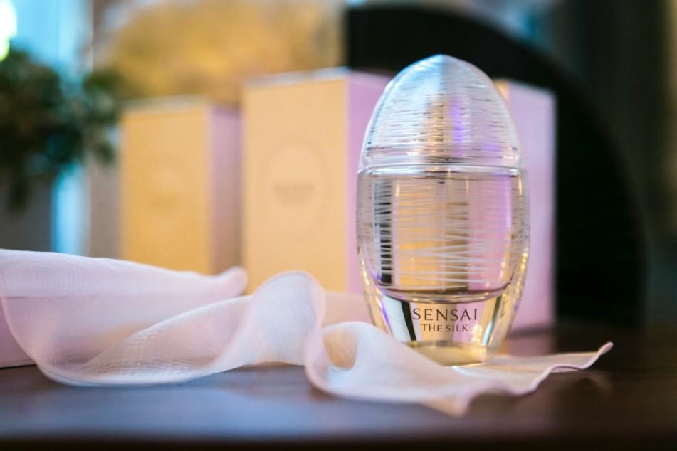 perfume sensai precios