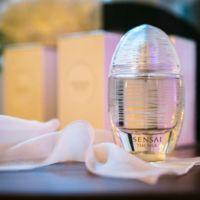 Sensai presenta su primer perfume, The Silk. Quiero envolver mi piel en seda con este aroma delicioso y personal.