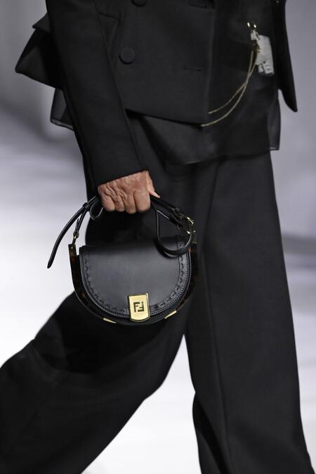Fendi Moonlight Bag Ss21 Close Up Images 02 1