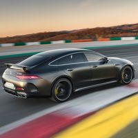 Video: Mercedes-AMG GT 4-Door logra récord en Nürburgring, aunque de un nicho demasiado específico