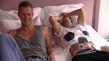 Qué pasaría si tuviéramos que parir nosotros: dos hombres experimentan el dolor de un parto en televisión