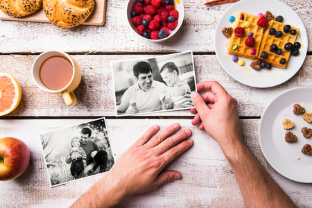 Sea como sea tu padre, se merece un buen desayuno: siete ideas originales para sorprenderle en su día