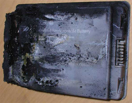 Apple retira 1.8 millones de baterías Sony