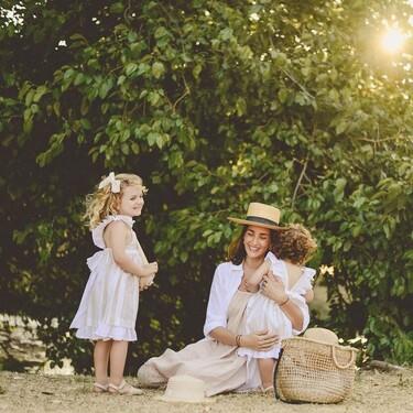 Nueve cremas solares para niños tan respetuosas y suaves que podemos usar nosotras si tenemos la piel atópica