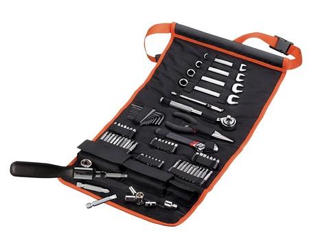 El kit de 76 herramientas para automóvil Black & Decker A-7063 ahora cuesta sólo 32,36 euros en Amazon