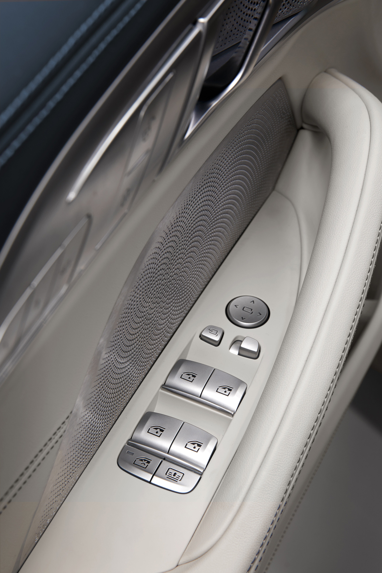 Foto de BMW Serie 8 Gran Coupé (presentación) (152/159)