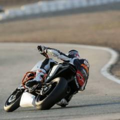 Foto 12 de 17 de la galería ktm-690-duke-track-limitada-a-200-unidades-definitivamente-quiero-una-ktm-690-ejc en Motorpasion Moto