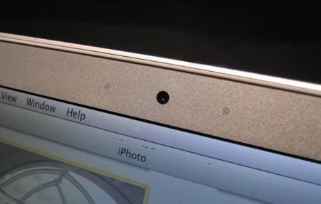 La cámara de tu MacBook puede estar espiándote sin que te enteres