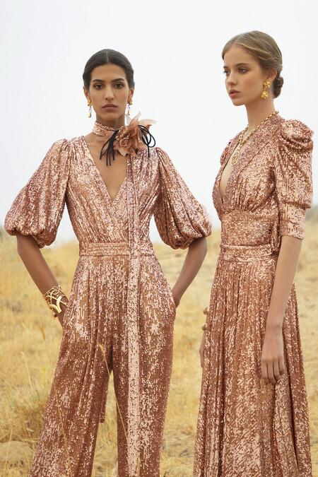 Elie Saab aprovecha la Semana de la Moda de Paris para presentar su colección Primavera-Verano 2021 en forma de lookbook