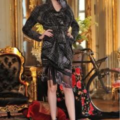 Foto 2 de 13 de la galería john-galliano-otono-invierno-20112012-en-la-semana-de-la-moda-de-paris-sobre-la-pasarela-un-genio en Trendencias