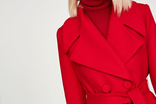 15 abrigos rojos con mucho estilo perfectos para dar un toque de color a los  looks 35048c184f3