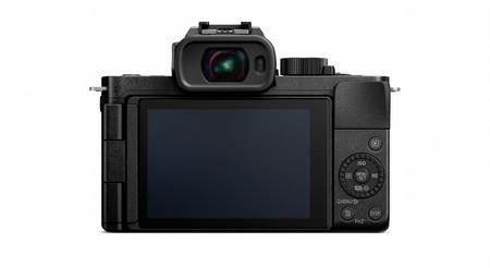 Panasonic Lumix G100 03