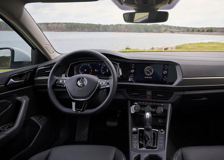 Volkswagen Jetta R Line 12