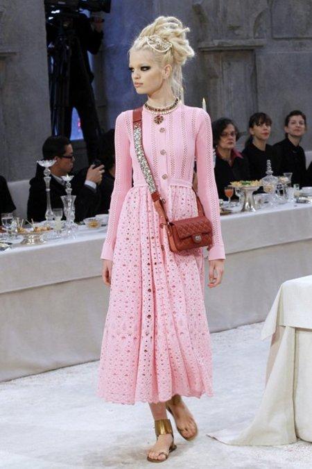 Chanel Pre-Fall 2012 rosa