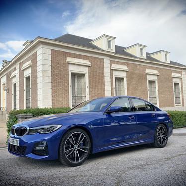 Probamos el BMW 330i: cuatro cilindros en vez de seis en una berlina de 258 CV preparada para destacar entre tanto SUV