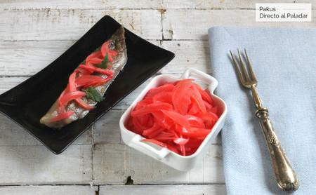 Cebolla encurtida, el complemento perfecto para tus recetas de pinchos y aperitivos
