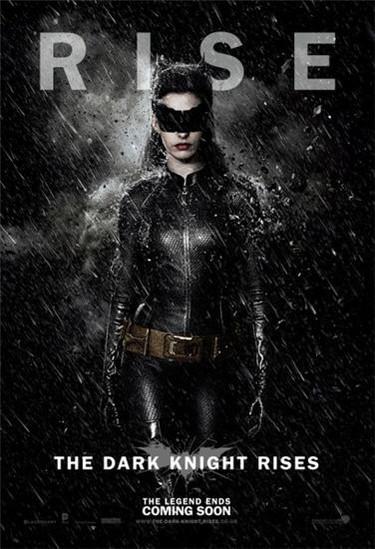 Anne Hathaway es la nueva catwoman: ¿Con cuál nos quedamos?