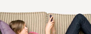 ¿Lees los mensajes del móvil de tu hijo? De uno a cuatro años de cárcel
