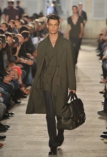 Raf Simons, Primavera-Verano 2010 en la Semana de la Moda de París V