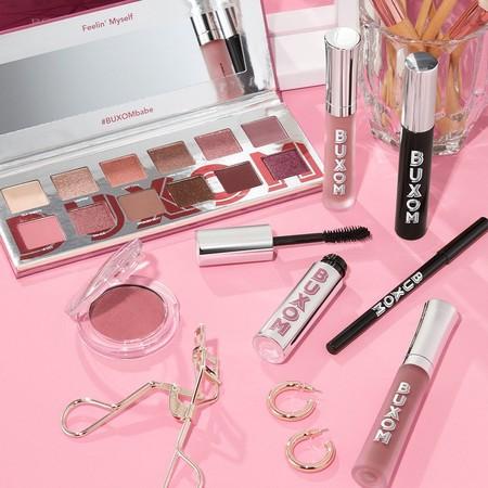 La firma americana de maquillaje BUXOM llega en exclusiva a Douglas: estos son los siete productos que hemos fichado y ya deseamos