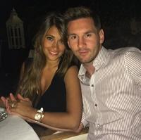 Pues a ver si Messi se nos casa en 2015