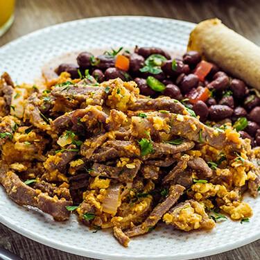 Huevos aporreados. Receta tradicional michoacana para el desayuno
