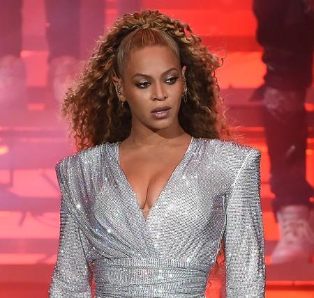 Este es el (espectacular) vestido de novia que Beyoncé lució en su renovación de votos con Jay Z