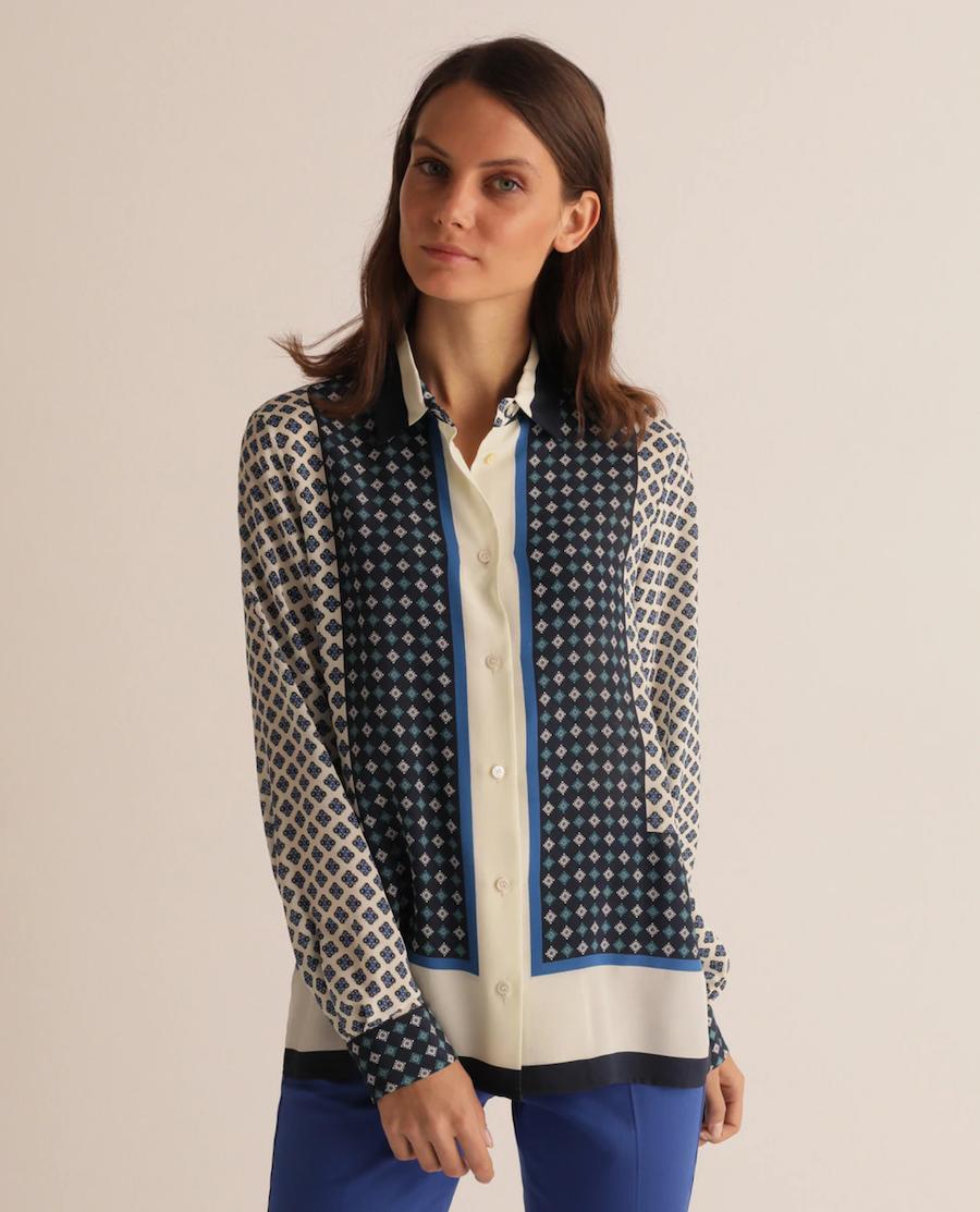Camisa de mujer con estampado geométrico