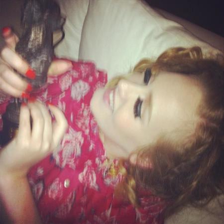 Tenéis a Adele aburrida... ¡Que no está casada!