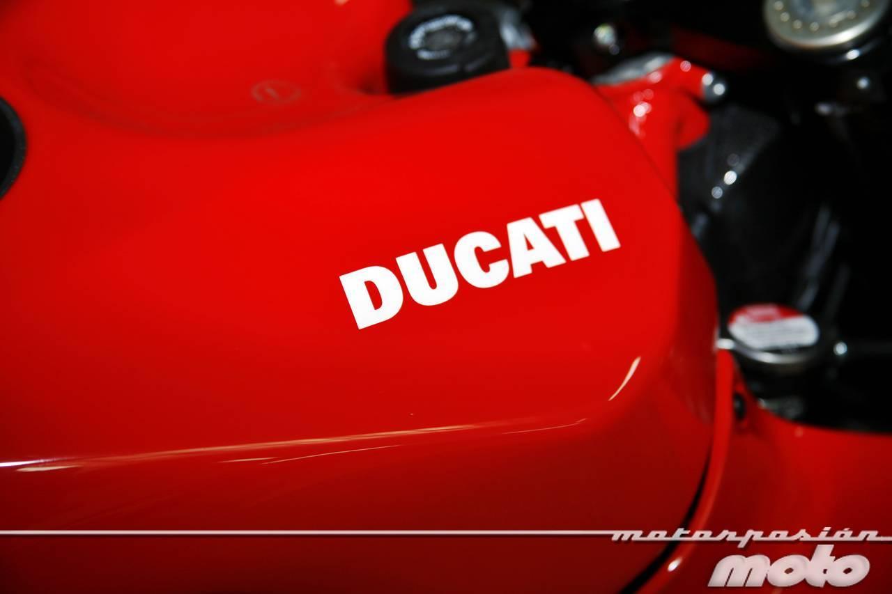 Foto de Ducati Desmosedici RR, toma de contacto (prueba dinámica y galería de fotos) (29/55)